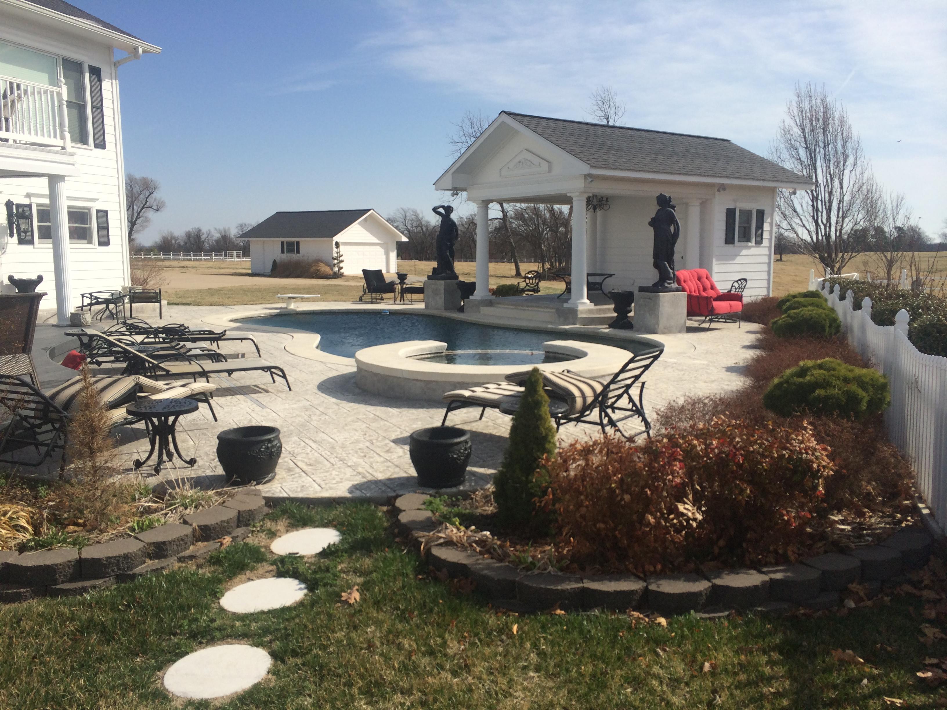 Landscaping Stones Joplin Mo : R d lawn care landscaping joplin mo